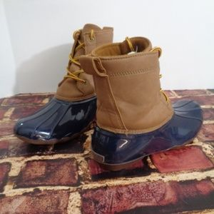 Womans Field & Stream Duck Boots Ankle SIze 7